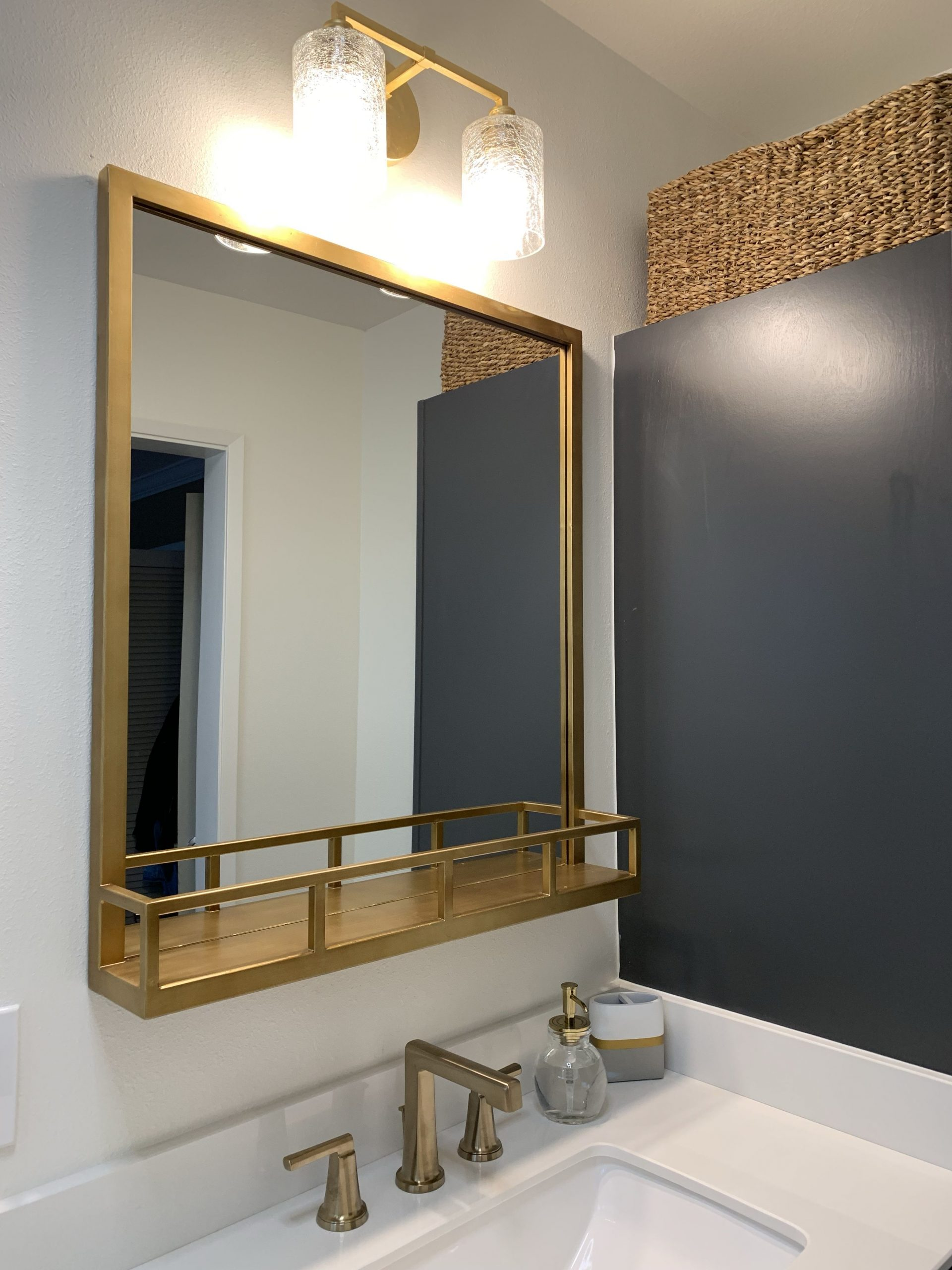 Amazing Gold Bathroom Mirror Ideas