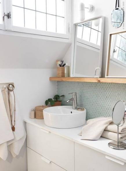 The Best Bathroom Vanity Shelf Ideas
