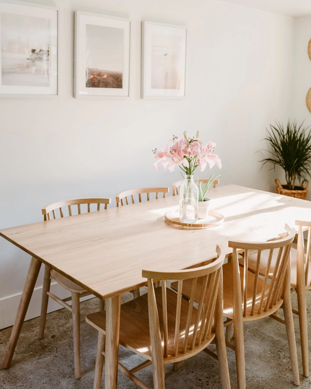 Admirable White Kitchen Table And Chairs Ideas