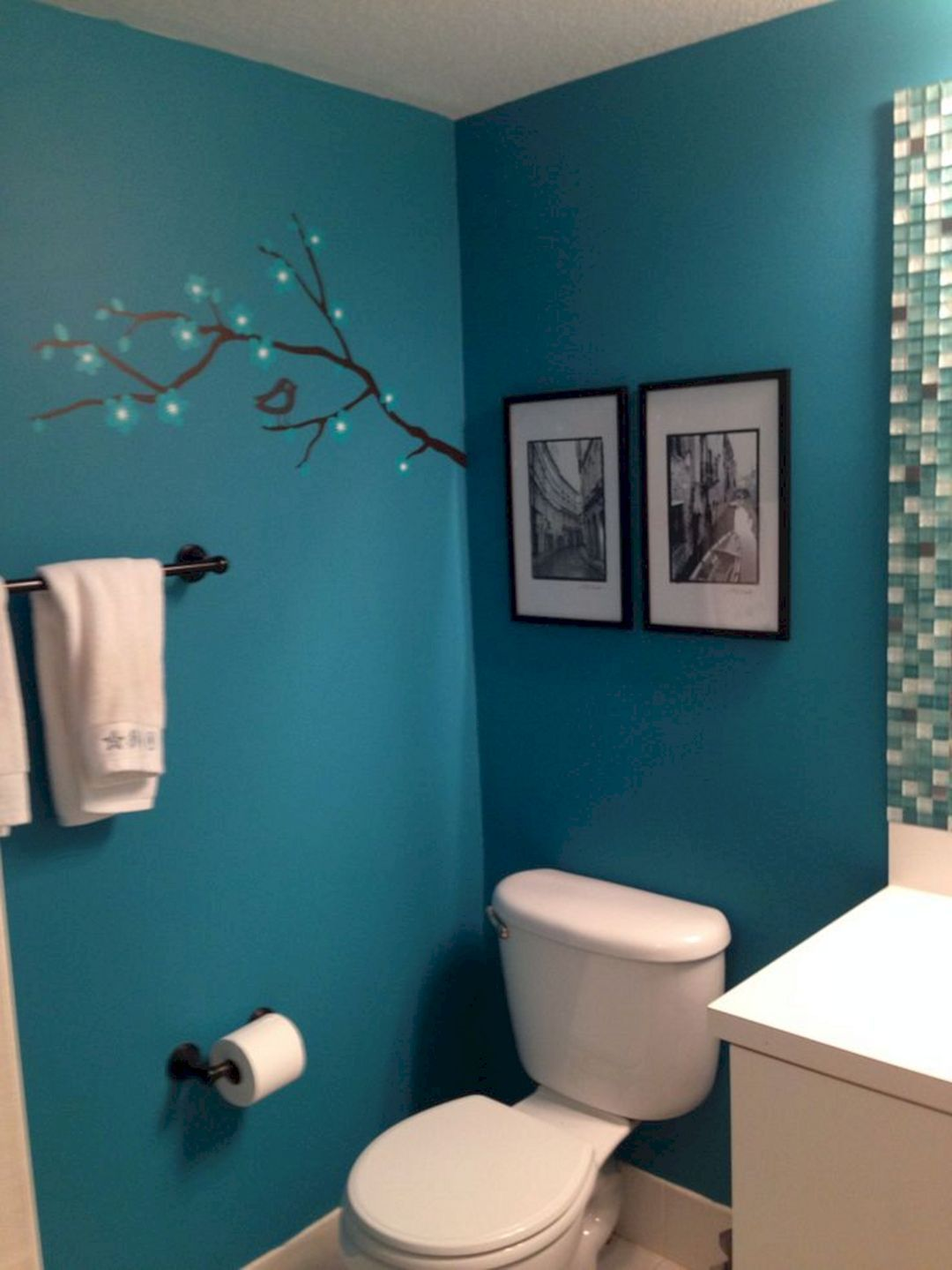 Popular Turquoise Bathroom Decor Ideas