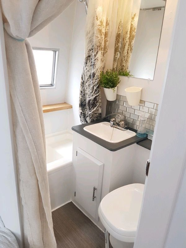 Inspiring Small Travel Trailers With Bathroom Ideas
