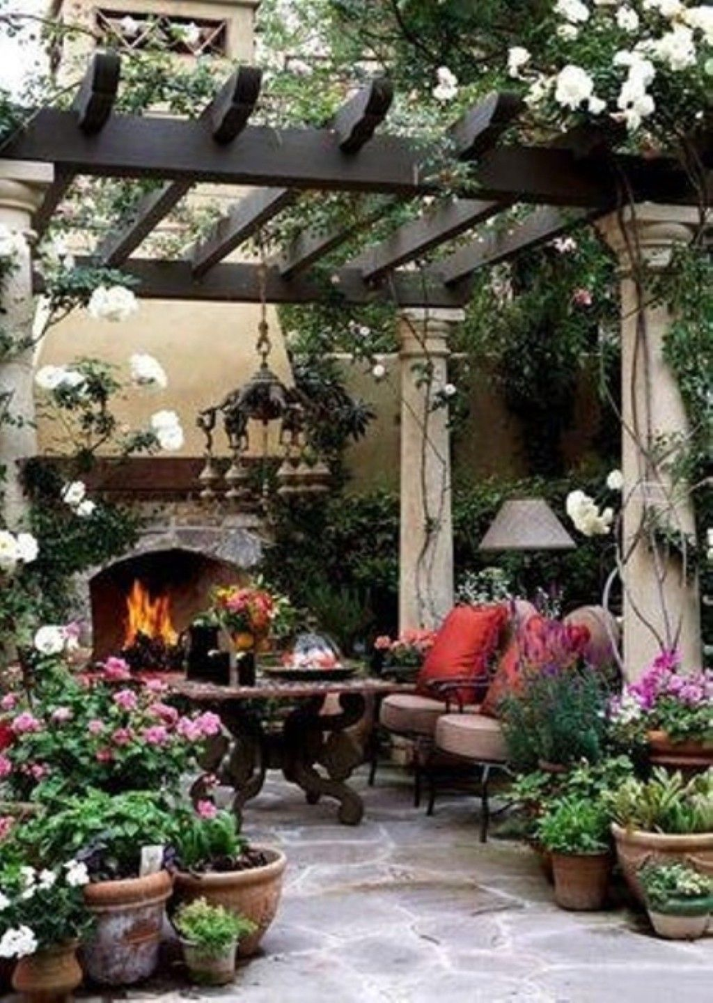 Lovely Garden Accessories And Decor Ideas